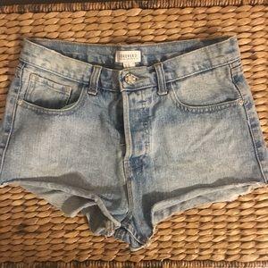 ❤️3️⃣for2️⃣5️⃣Forever 21 Shorts w 💎 Button Fly